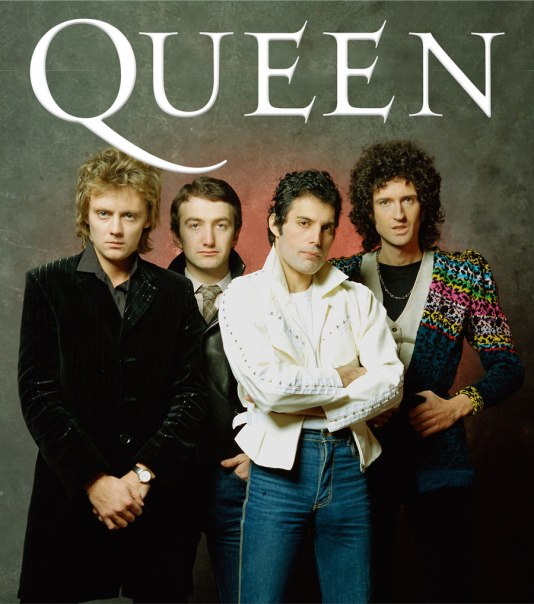 6052.Queen-group_900