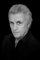 john-irving-by-jane-sobel-3-bw